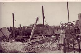 Le dépôt des locomotives après les bombardements d'avril 1944 (Fonds doc. Alain Jacques)